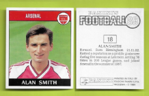 Arsenal Alan Smith England 18